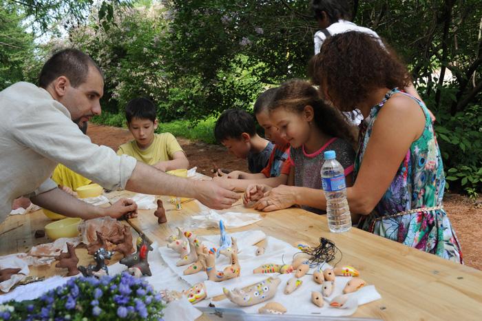 Мастер-класс по изготовлению глиняных свистулек