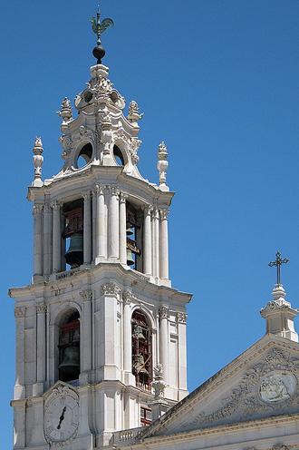 Северная башня-колокольня