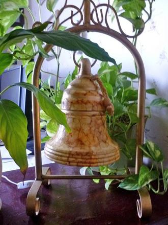 Лампа с колоколом