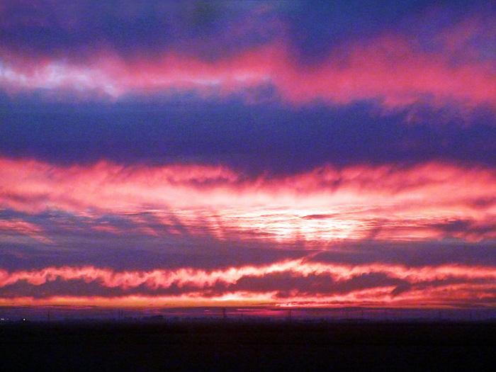 Закат на Средиземном море недалеко от Танжера