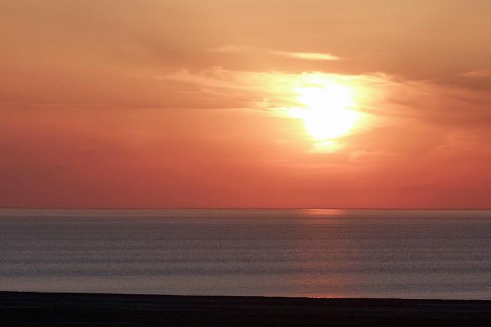 Рассвет над Аральским морем