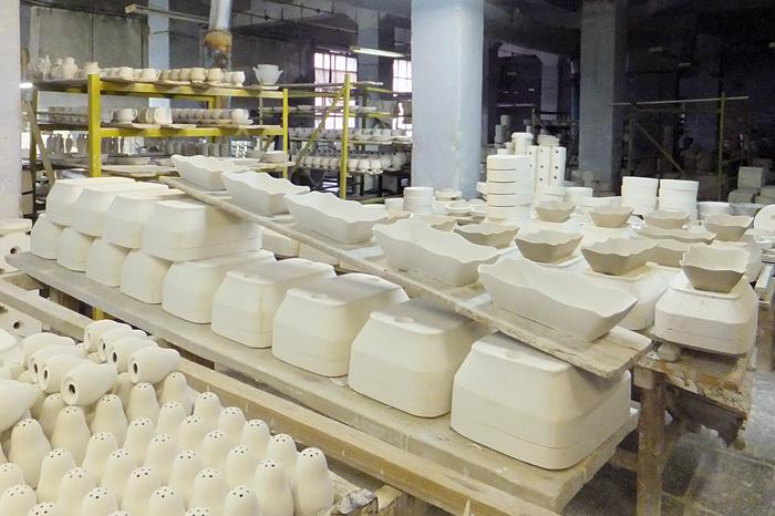 На фарфоровом заводе в Вербилках
