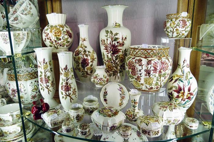 Фарфоровая посуда Жолнай